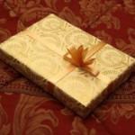 Как выбрать подарок любимой бабушке
